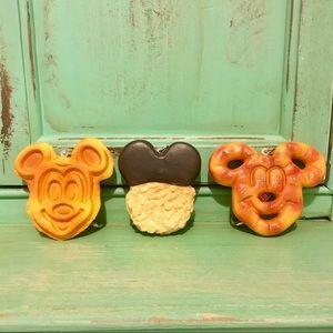 Disney Parks Mickey Snacks Keychain Set
